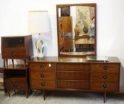 vintage mid century modern bedroom furniture mid century modern walnut stanley bedroom set i actually have this
