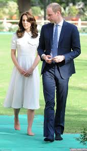 Where Do Prince William And Kate Live Kate Middleton Reveals Her Un Pedicured Toes With Prince William