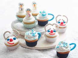 christmas cakes and cupcakes that u0027ll make you ignore the cookies
