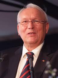 Dlrg Bad Nenndorf Dr Klaus Wilkens Feiert 70 Geburtstag