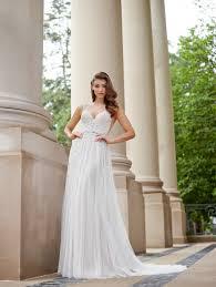 bridal fashion week 2018 fall winter collection brides
