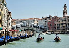 plan your eco vacation to venice italy