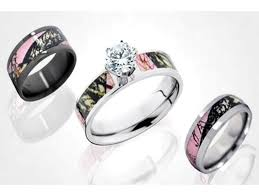 camo wedding band sets beautiful pink camo wedding rings c bertha fashion