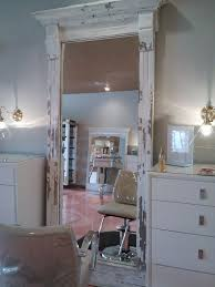 Shabby Chic Salon Furniture by 120 Best Salon Images On Pinterest Salon Ideas Beauty Salons