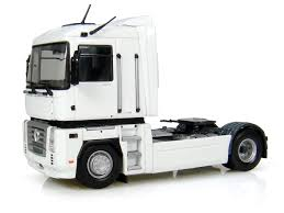 renault trucks magnum renault magnum 500ae blanc fabriqué par universal hobbies