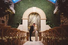 wedding arch las vegas las vegas chapel announces lucky in ceremonies for weddings