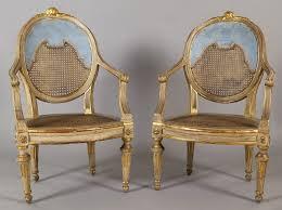 poltrone salotto gallery of salotto luigi xvi laccato azzurro ed oro composto da un