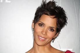 holly berry hairstyles in 1980 a atriz halle berry famosos