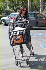 pregnant rachel bilson picks up goodies at bed bath u0026 beyond