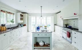 renovating kitchens ideas likeable 25 country style kitchens homebuilding renovating at