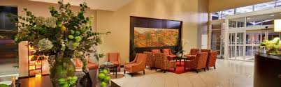 Living Room Sets Des Moines Ia Holiday Inn Hotel U0026 Suites West Des Moines Jordan Creek Hotel By Ihg