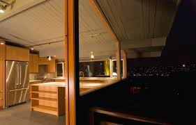 Mid Century Modern Homes A Guide To Updating Mid Century Modern Homes