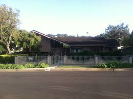 the brady bunch house traveling mchughs