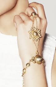 hand bracelet jewelry images Appealing trend of wearing gold ring and bracelet together jpg