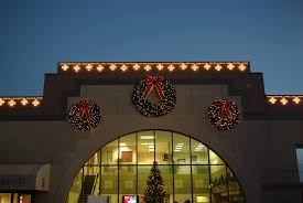 Hire Outdoor Lighting - professional christmas light installation greenville