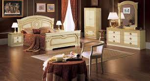 Traditional Bedroom Designs Master Bedroom High End Traditional Bedroom Furniture Video And Photos