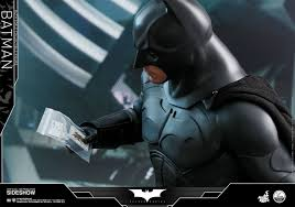 batman begins batman quarter scale figure