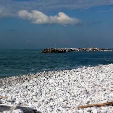 quanto costa la ghiaia provincia di pisa spiagge di ghiaia