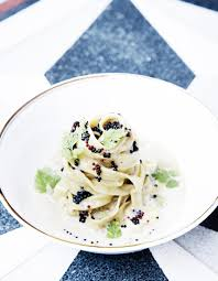 caviar recettes cuisine pâtes au caviar et moules pour 4 personnes recettes à table