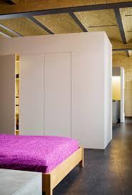 Schrank Im Schlafzimmer Einbauschrank Schlafzimmer Freistehend Weiß Lackiert