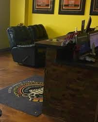 lady janes haircuts for men 22 photos barbers 5236 monroe st