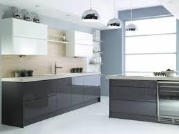 mur cuisine aubergine cuisine blanche mur aubergine modle milan de cuisine plus