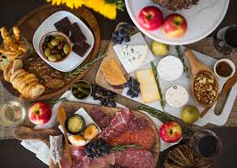 how to build a thanksgiving charcuterie board stager