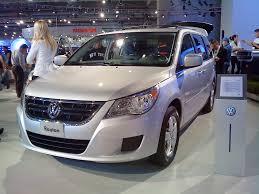 vw minivan volkswagen routan review and photos