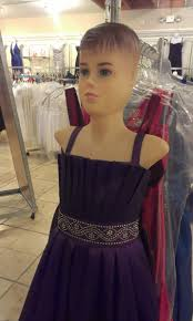 there u0027s a mannequin that looks like justin bieber and it u0027s wearing