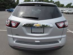 chevrolet traverse 2017 used chevrolet traverse awd 4dr lt w 1lt at landers chevrolet