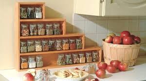 meuble à épices cuisine rangement epices cuisine subidubi info
