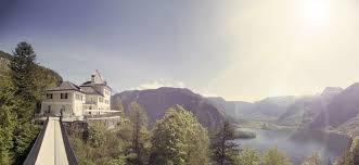 Garageneinfahrt Am Hang Vacation In The Mountains Hotels Hallstatt Salzkammergut Hotel