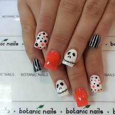 351 best uñas images on pinterest make up halloween nail art
