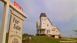 white beetlejuice house for sale in movie hooked on houses