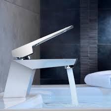 Wandarmatur Bad Dailyart Modern Design Platz Bad Waschtisch Armatur Wasserhahn