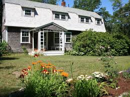 charming saltbox house in plymouth close to ocean historic sites