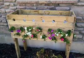 Buy A Planter Pallet Planter Box For Cascading Flowers Her Tool Belt
