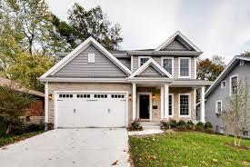 St Louis Garage Door by Home Kingbridge Homeskingbridge Homes Custom Home Builder