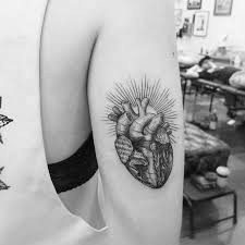 tricep tattoo pinterest etching anatomical heart tattoo by alexandyr valentine referencias