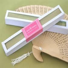 sandalwood fan fan in glass top white box