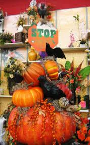 halloween autumn decorations 139 best halloween arrangements u0026 table decor images on pinterest