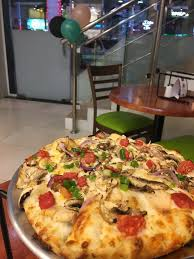 Round Table Pizza Lynnwood Table Pizza Paradise Ca Cool On Ideas In Company With Bahrain39s