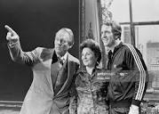 media.gettyimages.com/photos/art-linkletter-is-see...