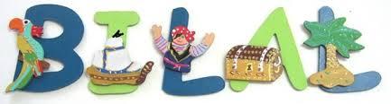 lettre porte chambre bébé lettres en bois pour porte de chambre d enfant décoration