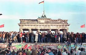 West German Flag The Story Of Berlin Wall In Pictures 1961 1989
