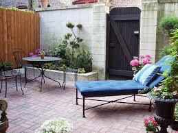 cozy intimate courtyards hgtv 7 best mediterranean garden images on garden plants
