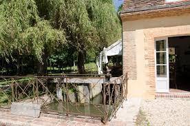 chambre d hote 16 chambres d hôtes le moulin de corneil à mezilles proche guédelon