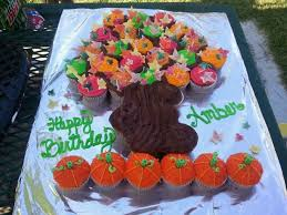 Best Cupcake Cakes Images On Pinterest Cupcake Cakes Pull - Pull apart cupcake designs