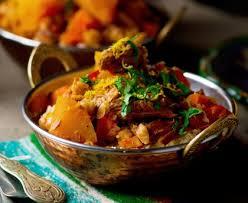 cuisiner un couscous couscous poulet boeuf et agneau maroc recette de couscous
