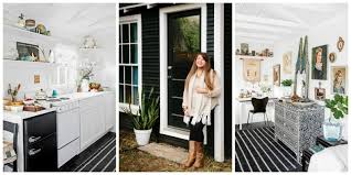 How To Live In A Small Space I Live In A Tiny House What It S Really Like To Live Small